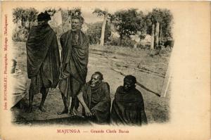 CPA MAJUNGA Grands Chefs Baras MADAGASCAR (709673)