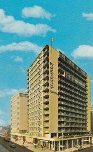 TORONTO , Ontario, 1950-60s ; Westbury Hotel