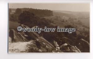 tp8720 - Yorks' - Birk Crag, on a Misty Day, in Harrogate - Postcard - Judges'
