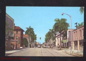 FORT MYERS FLORIDA DOWNTOWN STREET SCENE OLD CARS VINTAGE