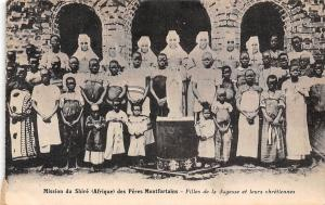 Malawi Mission du Shire des Peres Montfortains Filles Sagesse, chretiennes 1913