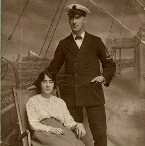 Vintage Cppr - Entier - Oncle Barney & Tante Belle En Navigation Costume