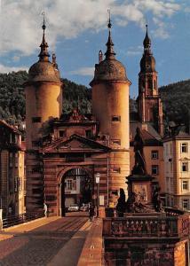 Heidelberg La Porte du Pont et l'Eglise du Saint Esprit, Bridge Gate Statues