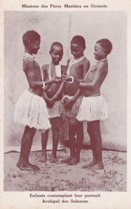 Topless young girls, Archipel des Salomon, Solomon Islands, 00-10s