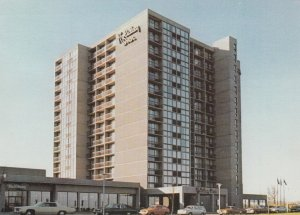 POINT CLAIRE, Quebec, Canada, PU-1989; Holiday Inn