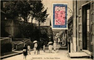 CPA TANANARIVE La Rue Augey Dufresse MADAGASCAR (709661)