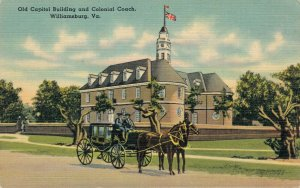 USA - Old Capitol Building and Colonial Coach Williamsburg Virginia 03.33