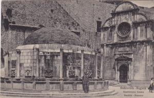 Dubrovnik-Ragusa , Croatia , 00-10s ; Onofrio-Brunnen