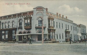 FREMONT , Michigan, 1909 ; Hotel De Haas