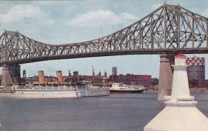 Ocean Liners under bridge , MONTREAL , Quebec , Canada , PU-1961