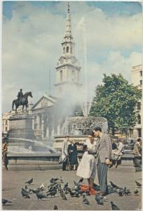 LONDON, A fountain in Trafalgar Square with St Martin-in-the-Fields, Postcard