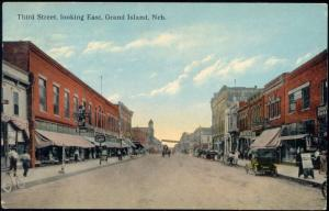 Grand Island, Third Street, Shops, Dentist (1914) Stamp