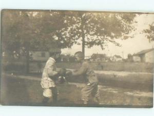 rppc Pre-1930 Black Americana BLACK CHILD & WHITE CHILD IN BOXING GLOVES AC7812