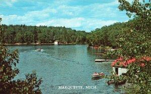 Marquette, Michigan, MI, Summertime at the Lake, Chrome Vintage Postcard h3591