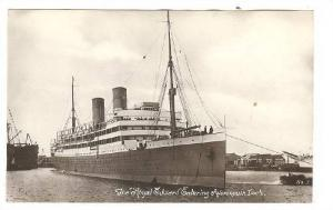 RP : Canadian Northern Ocean Liner ROYAL GEORGE entering Avonmouth Dock, 00...