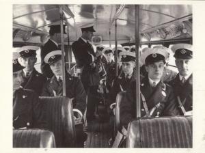 Ravenscourt Park School Trip in 1934 at Train Station London Museum Postcard