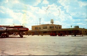 Texas Amarillo The Amarillo Air Terminal With Braniff Air Liner 1960