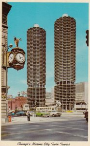 CHICAGO , Illinois , 1950-60s ; Marina Towers