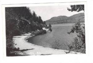 RP : Woods Lake , B.C. , Canada , 30-40s
