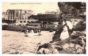 Biarritz  A l'Entree du Port des Pecheurs