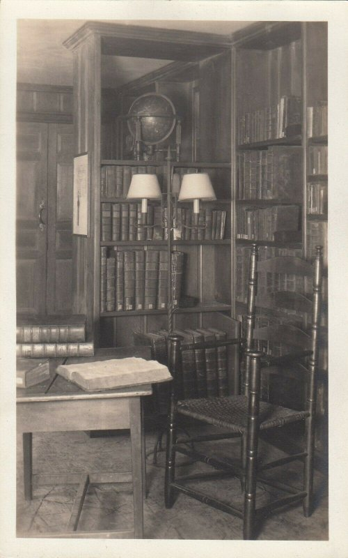RP: NEW HAVEN, Connecticut, 1910s-30s ; YALE Library Interior #1