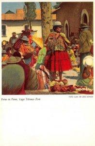 Feria en Puno, Titicaca, Peru Foto Ilum. de udo Schack ca 1930s Vintage Postcard