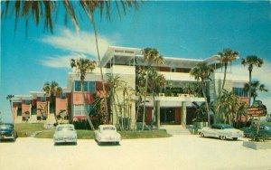 Autos Clark's Ocean Court Daytona Beach Florida Postcard US Color Print 8326