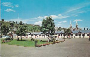 Hotel du Boulevard , Ste-Anne de Beaupre , Quebec , Canada , 50-60s