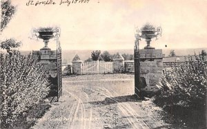 Entrance to Colonial Park Monticello, New York Postcard