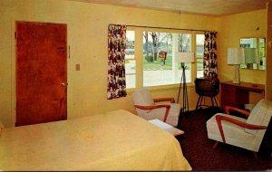 New York Alexandria Bay Elms Motel Guest Room