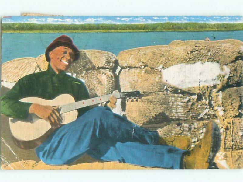 Linen Black Americana MAN PLAYING ANTIQUE GUITAR AC0532
