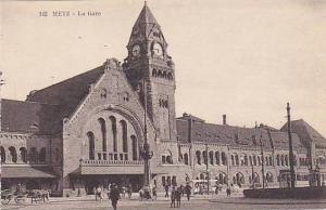 METZ , France , 00-10s ; La Gare