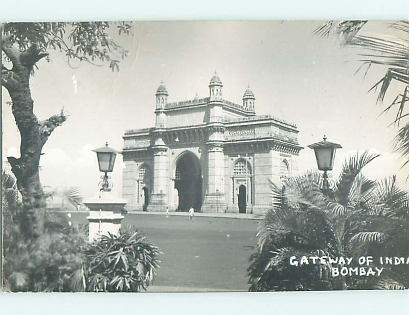 1960 rppc GATEWAY OF INDIA Bombay INDIA t3076