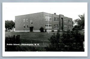 PHILADELPHIA NY PUBLIC SCHOOL VINTAGE REAL PHOTO POSTCARD RPPC
