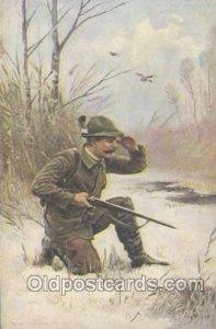 Hunting Unused very light crease left bottom corner tip, light wear, yellowin...