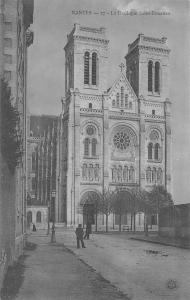 BR78354 nantes la basilique saint donatlen  france