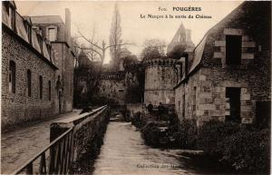 CPA FOUGERES - Le Nancon a la sortie du Chateau (298217)