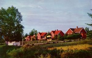 ME - Rangeley. Hillside Cottages