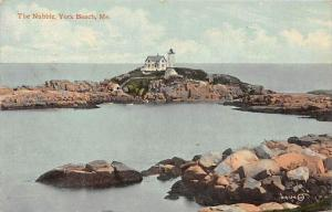 Maine  York Beach   The Nubble Lighthouse