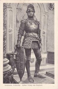 Arthur Konig von England in Full Armor w/ Shield, Hofkirche, Innsbruck, Tirol...