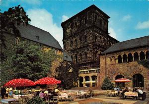Germany Trier, Treves Brunnenhof mit Porta Nigra und Stadtmuseum Simeonstift