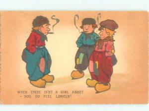 Pre-Linen Comic MAN SMOKING CIGARS WONDER WHY THERE ARE NO WOMEN AROUND AB9083