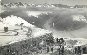 Switzerland winter ski station sport photo postcard 1950s Parsenn. Weissfluhjoch