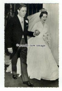 r2305 - H.R.H. Princess Margaret & Antony Armstrong-Jones 06/05/1960 -  postcard