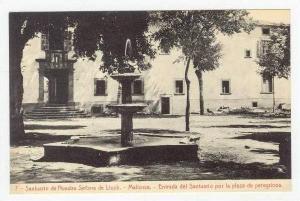 Santuario De Nuestra Senora De Lluch, Entrada Del Santuario Por La Plaza De P...