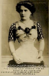 Mlle Gabriel, The living Half Woman age 25 Born in Switzerland Unused