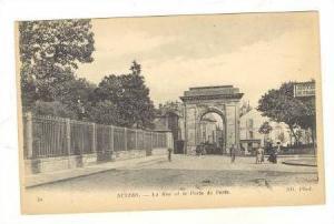 NEVERS; La Rue et la Porte de Paris, France 00-10s