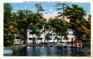 Dowagiac, Michigan - The Hotel Never Mind on Indian Lake - 1920s