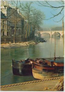 PARIS, L'Ile Saint-Louis, unused Postcard