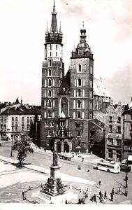 Poland Old Vintage Antique Post Card Krakow Kosciol Mariacki 1966 Missing Stamp